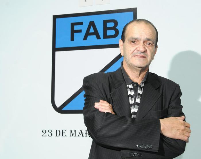 Tras ser su presidente desde 1991, Bisbal dejó la FAB para priorizar su trabajo en AIBA.