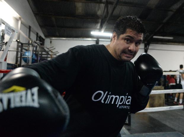 Bidondo entró al boxeo de grande; a los 38 tiene su chance mundial.